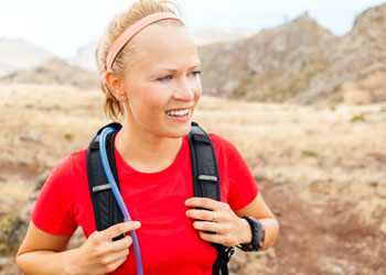 hydration packs and back packs for runners